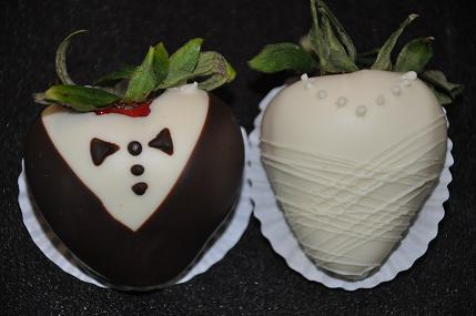 Bride & Groom Chocolate Covered Strawberries, Anderson\'s Candy Shop ...